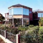 County Comfort Hovell Tree Hotel